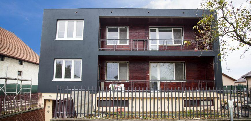 **Veľký dvojgeneračný dom** Možnosť prenájmu samostatného bytu.